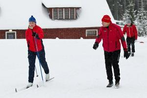 Skiing lessons for tourists